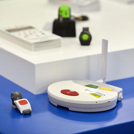 Der BRK Hausnotruf bietet zuverlässige Hilfe auf Knopfdruck.